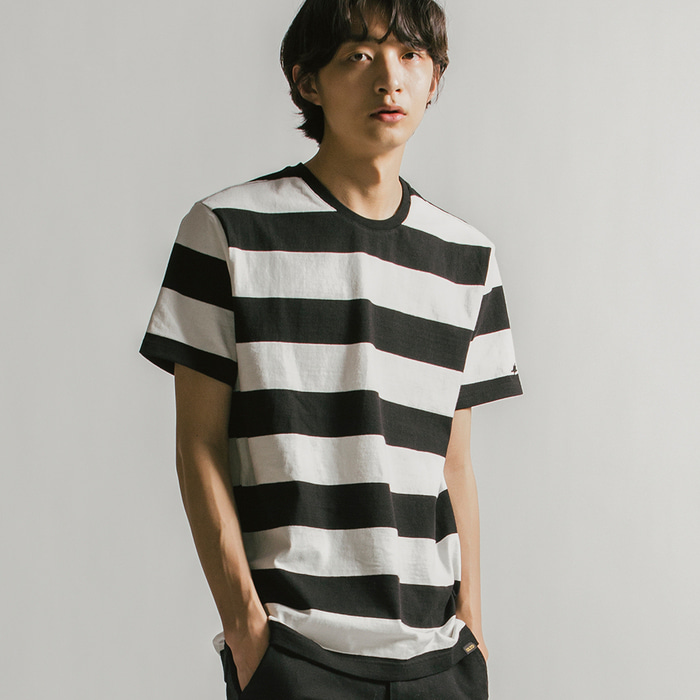 STRIPE TEE (U18BTTS25)(Black)